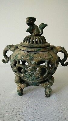 ANTIQUE CAST IRON METAL INCENSE BURNER SIGNED With FOO DOG FINIAL