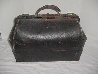 Vintage Distressed Large Doctors / Physician House Call Bag / Leather - Cowhide