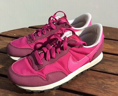 Women's / Girls Nike Metro Plus Raspberry/Pink/White Trainers Size: UK 3 EU 35.5