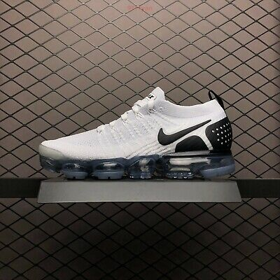 Nike Air Vapormax Flyknit 2 II Classic white men's running shoes Size 9 Only!!!!