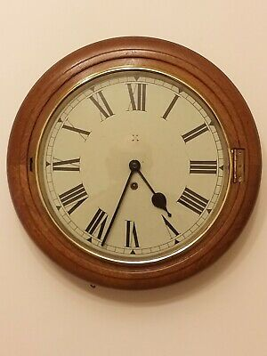 Antique Hamburg american Round 8 Day Dial in oak Clock in Excellent condition .