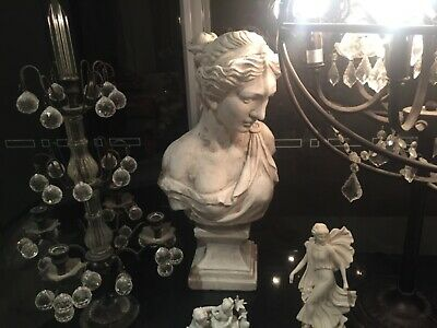 Large Bust Lady Statue brand new