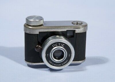 Kunik Petie Subminiature Camera * c1956 * Fully Working