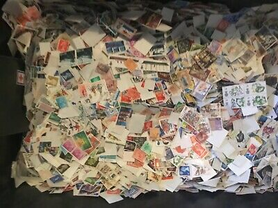 1000+ British Commemorative definitive vintage Stamps offpaper lucky dip reduced