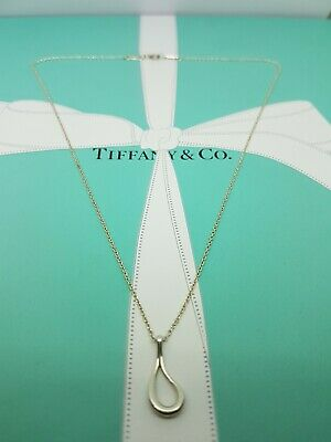 Authentic Rare Tiffany & Co Elsa Peretti Open Teardrop Necklace