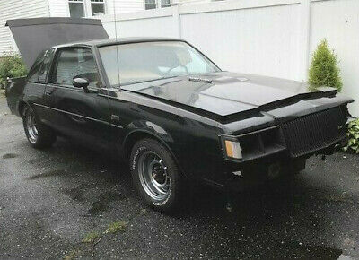 1987 Buick Grand National  1987 Buick Grand National rebuilt bored out engine - solid and straight body