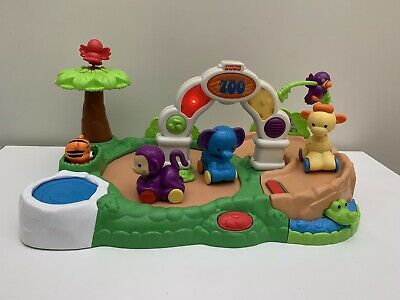 Fisher Price Amazing Animals Spinnin Around Zoo
