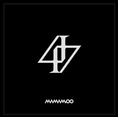 MAMAMOO Reality in BLACK 2nd Full-Length Album[ CD+Lyric Cards Only +Store Gift]