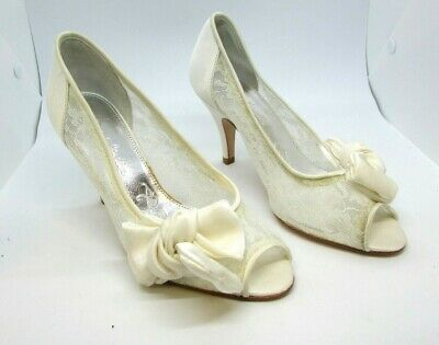 Rachel Simpson size 3.5 (36) ginger silver peep Toe Lace Bridal showroom sample
