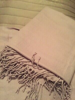 Lilac Soft Throw