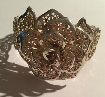 Beautiful vintage bangle large flower filigree silver plated stunning jewellery