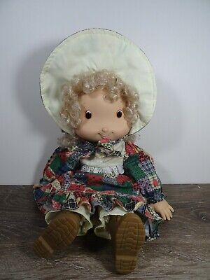 1990's Holly Hobbie Knickerbocker Doll beautiful condition vintage retro.