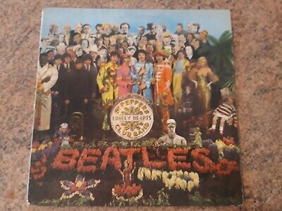 The Beatles Sgt Peppers Lonely Hearts Club Band 1967 Mono PMC 7027 With Cut-Outs