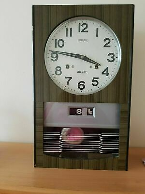 A Vintage Sieko 30 Day / Date Chiming Wall Clock (mechanical with key)