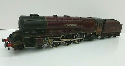 Hornby Dublo Meccano Duchess of Buccleuch Metal Body LMS Maroon Repainted Runner