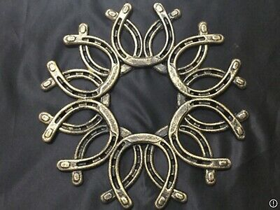 Antiqued Gold Cast Iron Horseshoe Wreath (0072G)