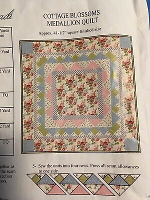 Connecting Threads Cottage Blossoms Medallion Quilt Kit