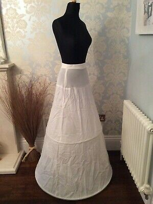 Quality bridal/ballgown hooped underskirt in white, with two metal hoop rings