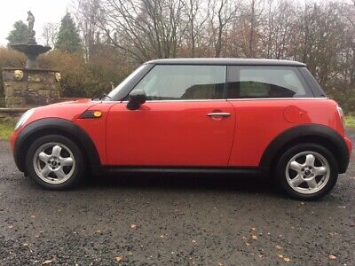 Low mileage Mini Cooper Diesel in great condition with 6 Months Warranty Inc.