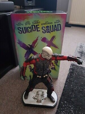 Suicide Squad Limited Edition 3D/2D Blu-ray + Deadshot Statue + Digibook