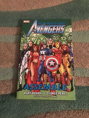 Avengers Assemble Volume 3 graphic novel TPB - Marvel - 2012 - RARE, FIRST, VGC!