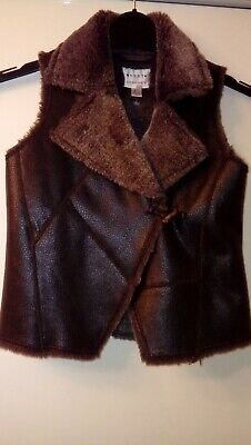 New NEXT Girls Brown Faux Fur Trim Leather Look Warm Gilet Age 5/6 Years 116cm