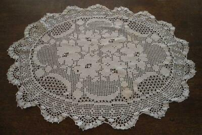Vintage Filet Crochet Lace Centerpiece Doily Table Runner Floral Tray