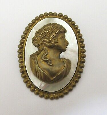 Beautiful Vintage Mother of Pearl & Brass Cameo Brooch Pin Elegant Art Nouveau