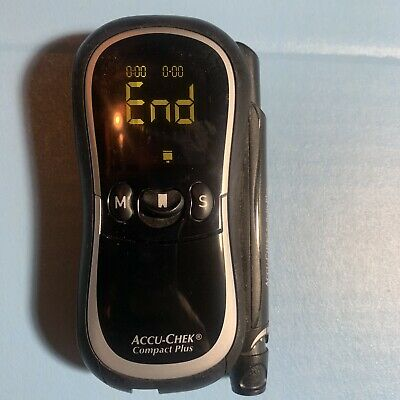 Accu-Chek Compact Plus Glucose Monitoring System Meter Model GT w/case - used