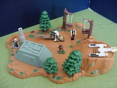 Star Wars 1994 Endor Playset By Galoob, Not Complete.