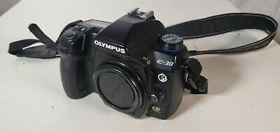 Olympus E-30 DSLR camera, body - inclCF cards battery and charger