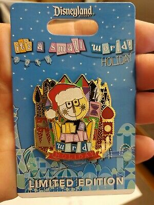 Disney Parks Happy Holidays 2019 it's a small world Pin  LE 3000