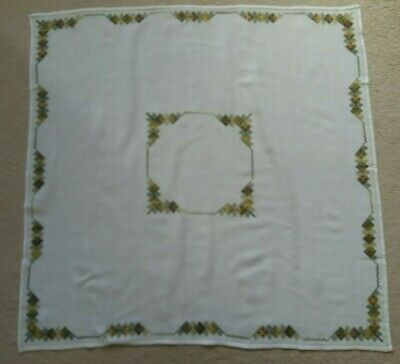 Vintage German Hand Embroidered Tablecloth  (100cm x 100cm)