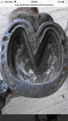8 x Steel Heart Shaped Horseshoes Real Horse Shoes Free Postage