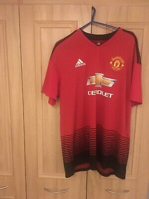 Genuine Manchester United Home Football Shirt In Size XL