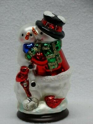 """2004 Thomas Pacconi 30 Years Classics Collection Blown Glass Hugging Snowmen 6""""h"""