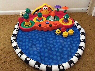 Baby Fisher Price Twirlin Whirlin Gardens Activity Mat