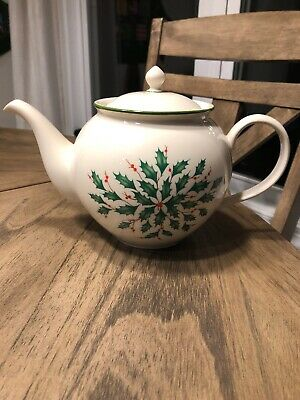 Lenox Holiday Dimension Collection Teapot Holly