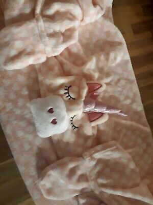 Girls 3d hooded  Unicorn Blanket with Mitts.