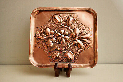 Attractive Arts & Crafts Cornish Copper Hand Planished Caling Card Tray