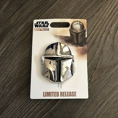 2019 Star Wars Disney Parks Limited Release The Mandalorian Helmet Pin