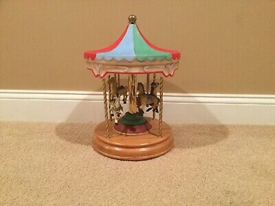 Vintage Willits Inc Melodies 4-Horse Carousel Waltz  Music Plays Horses Turn