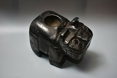 nice Pre-Colombian Jaguar Mortar Antharacite from the Chavin culture Peru, Moche