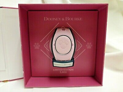 Disney Dooney & Bourke Dogs Pink Magic Band Magicband LE 3000 NEW Unlinked