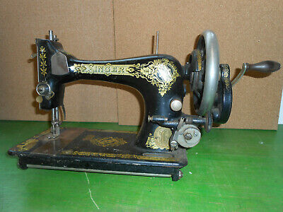 Hand Cranked Singer Sewing Machine 28K Circ 1911 Spares or repair