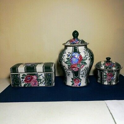A set of three pieces of Chinese antique porcelain hand painted rose famille