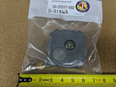 Locking Fuel Cap for Freightliner FLD & Columbia. S&S# S-21362 Ref# 03-37017-002