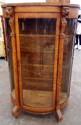 Majestic Antique Curved Glass Lion Head Cabinet - Quartersawn Oak