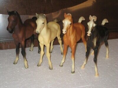 Four Vintage Plastic Foals Two Hallmarked Breyer Two Not