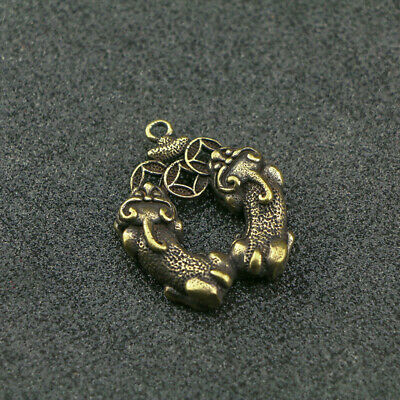 Chinese antique pure copper carving PiXiu money auspicious amulet pendant貔貅
